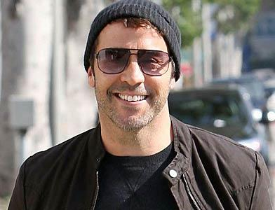 pst Jeremy Piven Shopping Fun