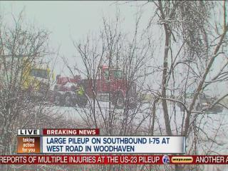 Multiple accidents close local freeways