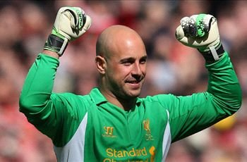 Reina happy to remain at Liverpool amid 'flattering' Barcelona rumours