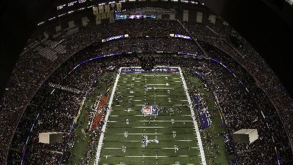 Players warm up on the field before the NFL Super Bowl XLVII football game between the San Francisco 49ers and the Baltimore Ravens, Sunday, Feb. 3, 2013, in New Orleans. (AP Photo/Matt Slocum)