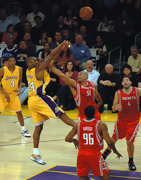 Kobe Bryant Injury: Los Angeles Lakers' Lack of Timetable Takes Pressure Off Star, Team
