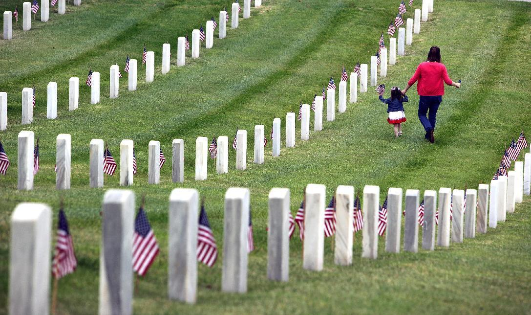 Across nation, veterans' sacrifices honored in many ways