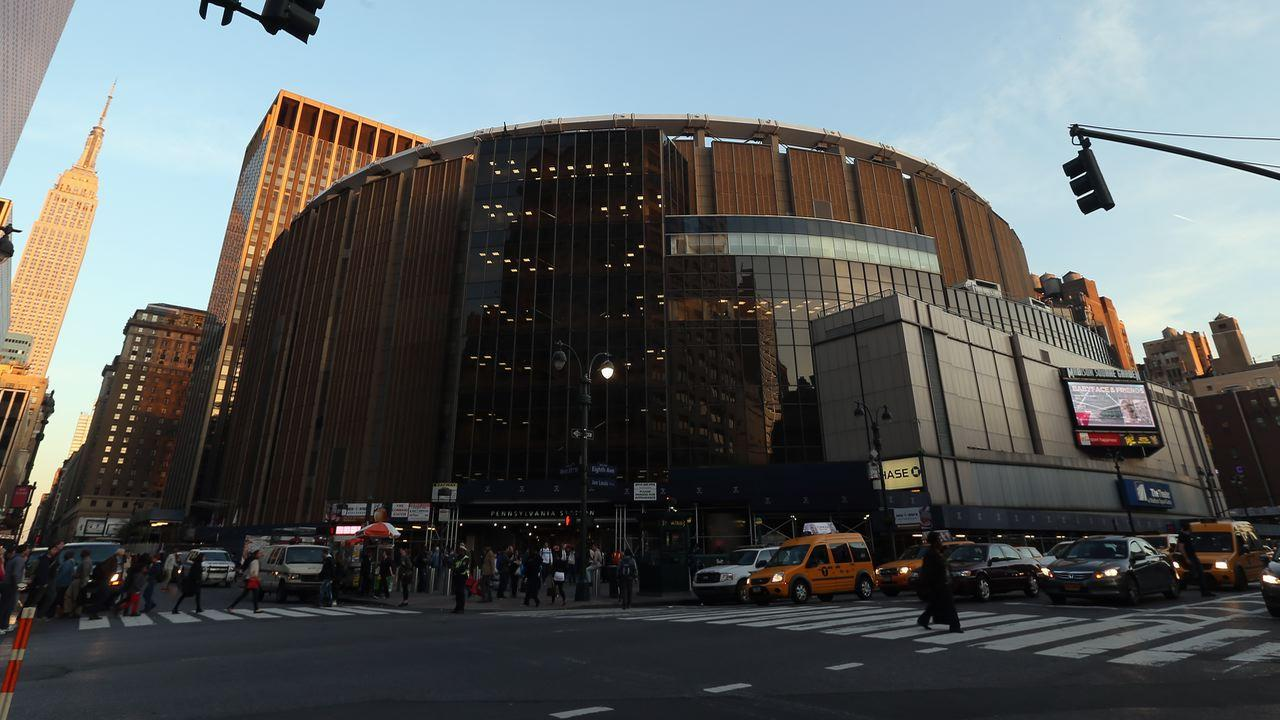 Madison Square Garden hits new high on split; Catamaran and Auspex soar on deals