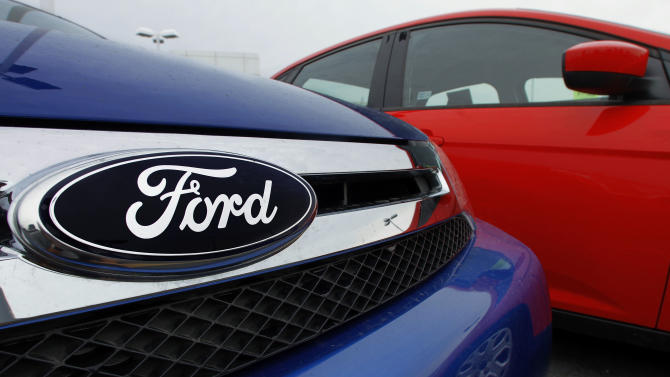 Ford to recall 485,000 small SUVs to fix throttles