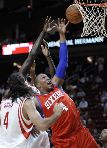 Scola, Lowry lead Rockets past Sixers 93-87