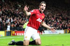Robin van Persie has no regrets after choosing United over City