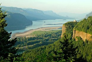 Historic Columbia River Highway (Photo: Terry Frederic Luehmann)