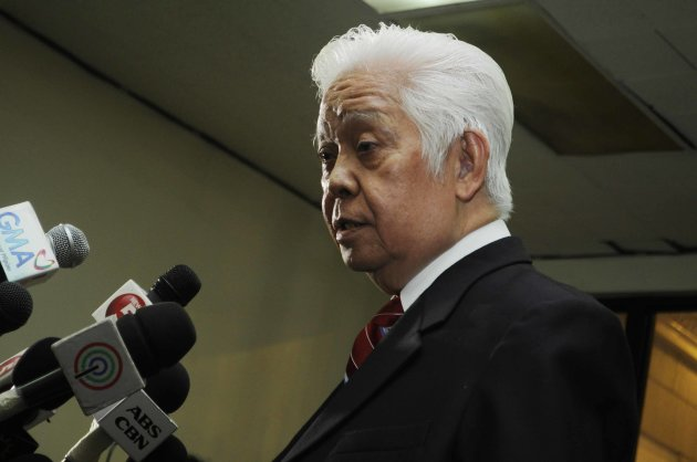Commission on Elections Chairman Sixto Brillantes Jr. takes questions from the media on the fourth day of the filing of certificates of candidacy at the Comelec office in Intramuros, Manila Oct. 04.(Angela Galia, NPPA Images)