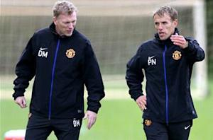 Phil Neville: Moyes is gaining Manchester United players' trust