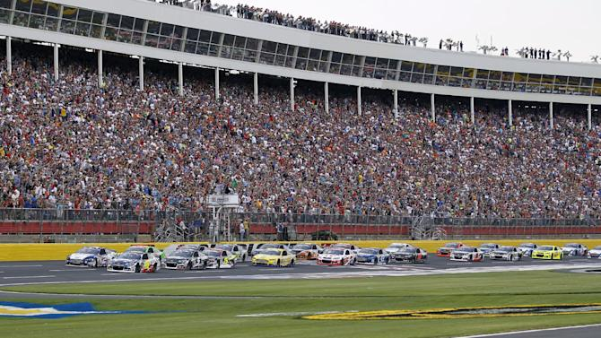 Johnson ends drought at Coca-Cola 600
