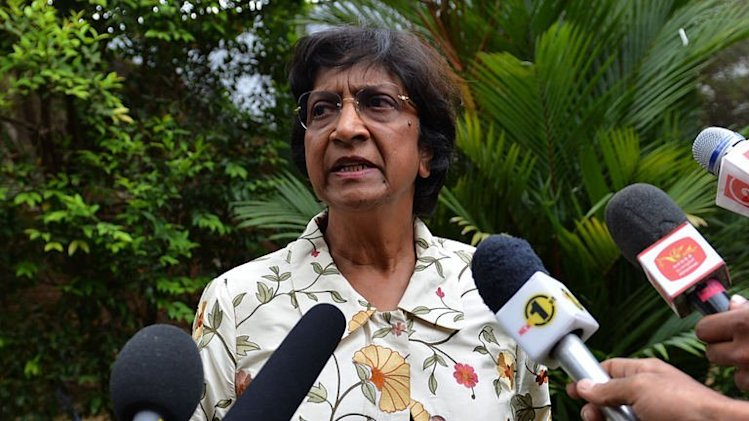 UN human rights chief Navi Pillay speaks to reporters in Colombo on August 25, 2013