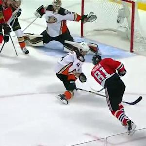 Keith double pumps to set up a Hossa tally