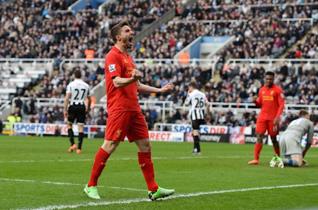 Newcastle United v Liverpool - Premier League