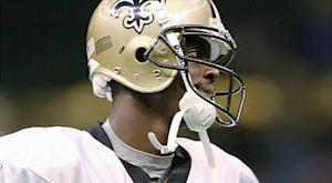 Saints re-sign WR Arrington, place Vilma on PUP
