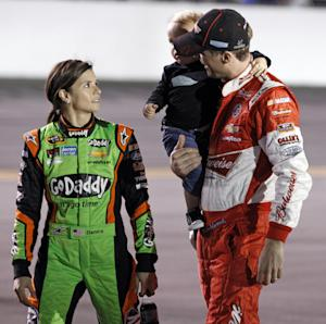 Danica Patrick tops 1 million Twitter followers