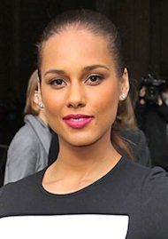 Alicia Keys - ESSENCE.com
