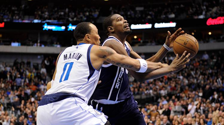 NBA: Oklahoma City Thunder at Dallas Mavericks