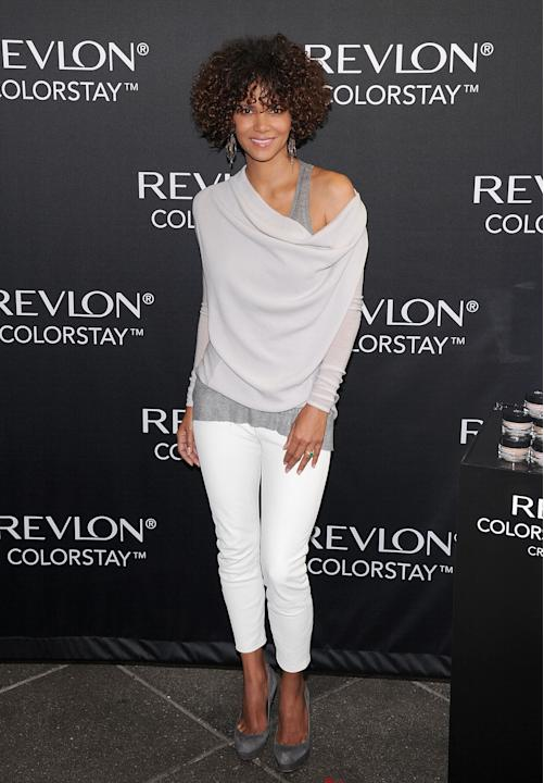 Revlon ColorStay Whipped Creme Makeup Launch