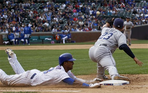 Barney homers to lift Cubs over Padres 8-6