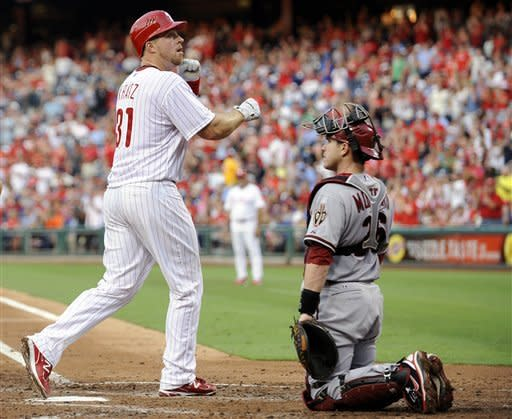 Halladay, Kratz lead Phils over Diamondbacks 3-0