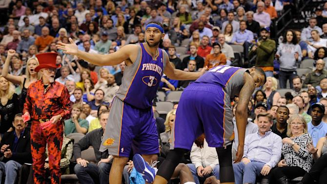 NBA: Phoenix Suns at Dallas Mavericks