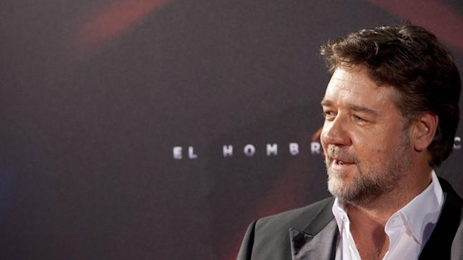 Russell Crowe Really Wants Pope Francis to Watch His New Film
