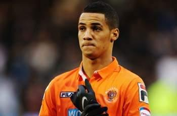 Blackpool boss Appleton tells Liverpool to up its offer for Tom Ince