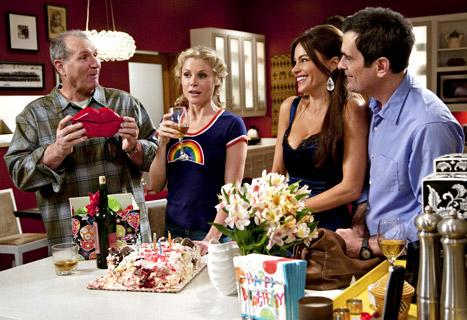 Modern Family Cast Settles Contract Dispute, Earns Pay Raises