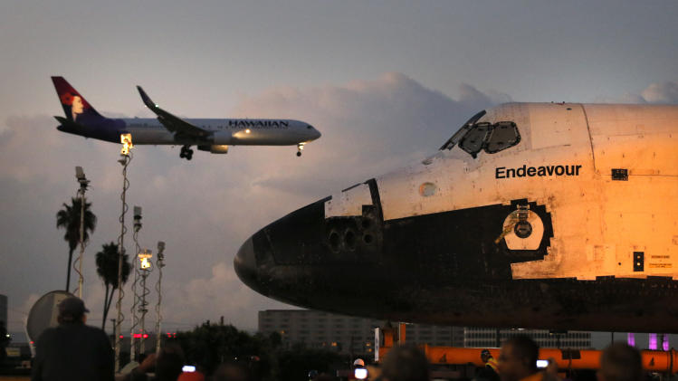 Space shuttle making 12-mile trip to LA museum