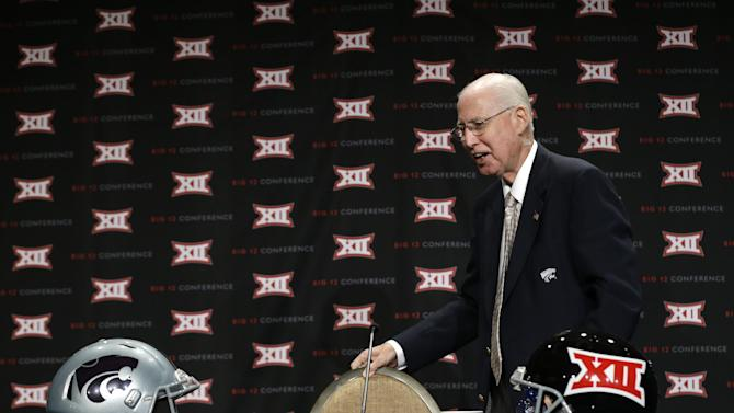 Kansas State head coach Bill Snyder arrives to speak to reporters at the Big 12 Conference NCAA college football media days in Dallas, Tuesday, July 22, 2014. (AP Photo)