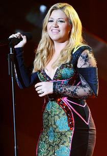 Kelly Clarkson | Photo Credits: Jason Merritt/WireImage