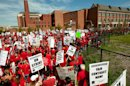 Chicago Reaches 'Tentative' Deal With Teachers to End Strike