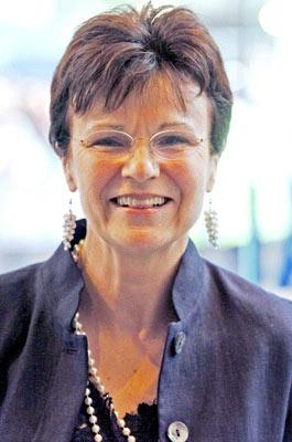 Julie Walters at the London premiere of Warner Brothers' Harry Potter and the Prisoner of Azkaban