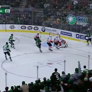 Tyler Seguin registers a natural hat trick