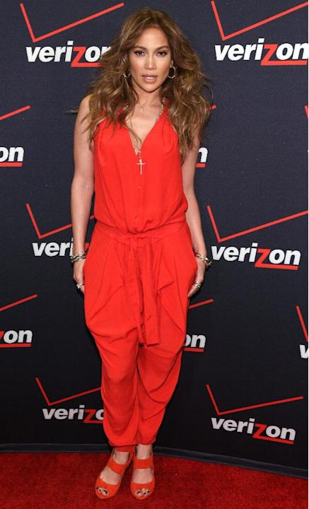 IMAGE DISTRIBUTED FOR VERIZON WIRELESS - Jennifer Lopez is seen at the Verizon Wireless meet Jennifer Lopez Flyaway Contest, on Saturday, Jan. 26, 2013 in Santa Monica, Calif. (Photo by Casey Rodgers/