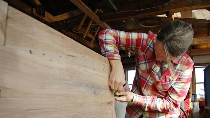 Coffin Class  A 45-year-old professional wood worker, Randy Schnobrich, runs a class that teaches people to build their own caskets. The three-day course costs around $750 (�469) - $470 (�294) of which is spent on materials. Participants are taught and supervised while they construct a coffin from cabinet grade pine, an inch thick. But a coffin can't just be kept on display around the house until the time comes for its use, so people end up using it as a bookshelf or coffee table. Some DIY kits can be used to build caskets that are makeshift billiard tables, sofa or entertainment centres.   USA - December 2011 Supplied by WENN.com