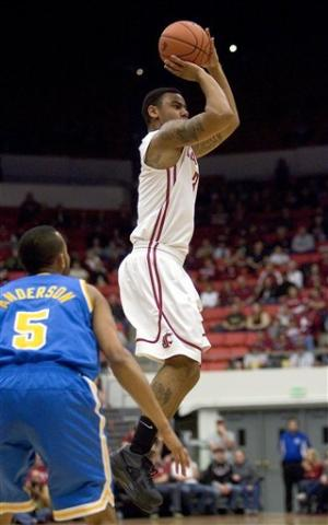 Smith's 19 pace UCLA over Washington State 63-60