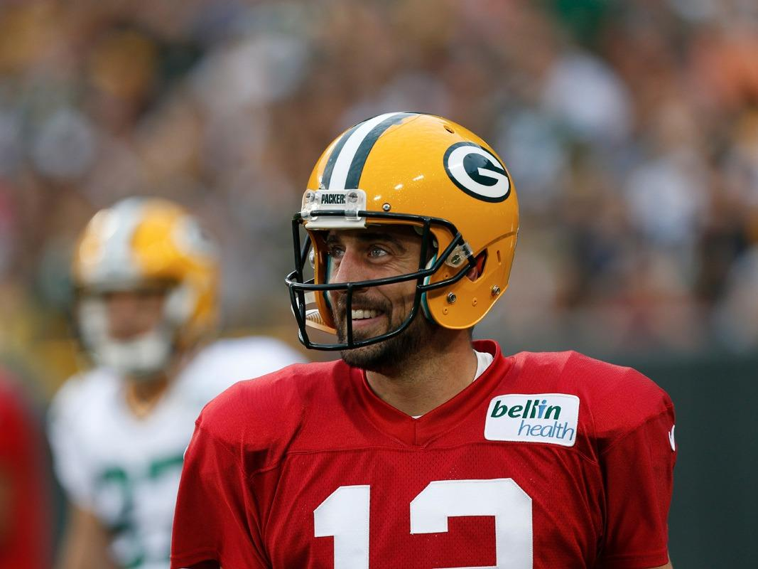 Packers coach secretly gave his defense Aaron Rodgers' play signals to make practices more competitive