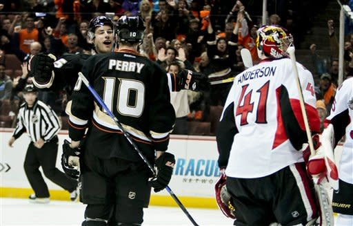 Hiller, Perry lead Ducks over Senators 2-1