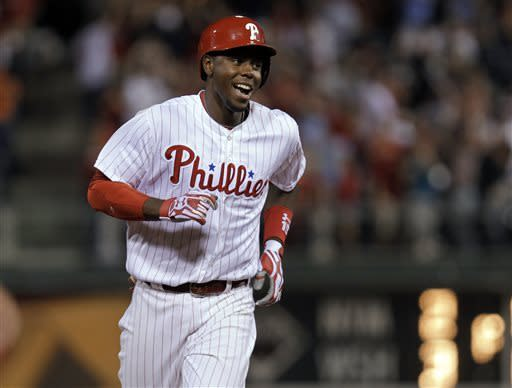 Mayberry's slam lifts Phillies over Marlins in 11