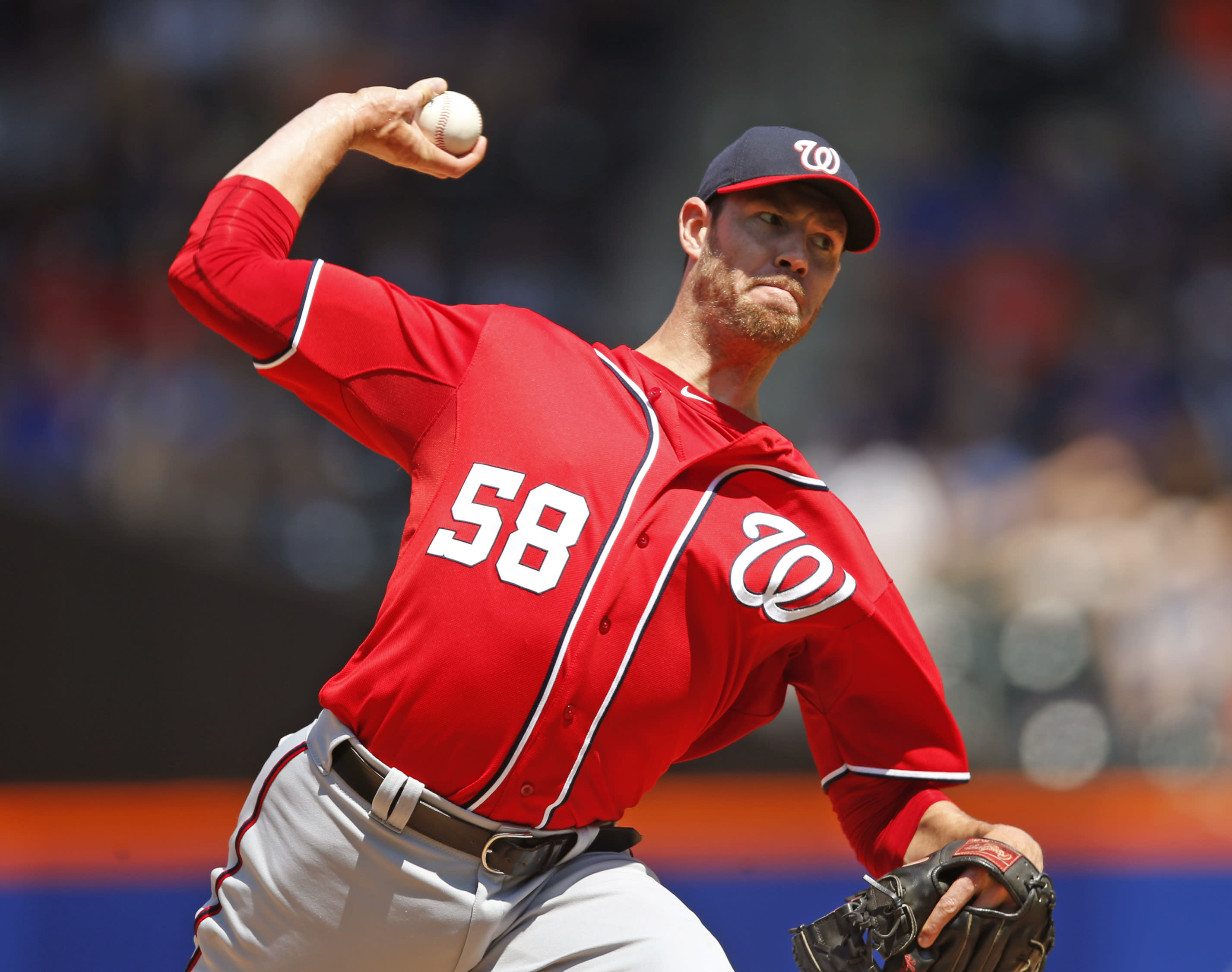 Fister pitches Nationals to 2nd straight 1-0 win over Mets