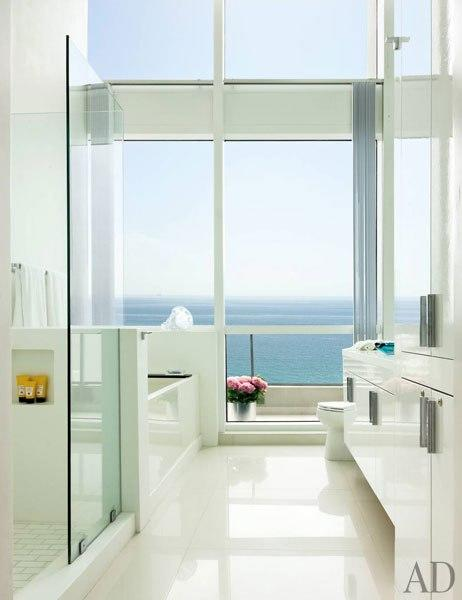 Blissful baths vertical ocean