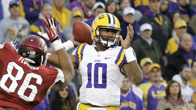 Jennings rescues No. 15 LSU in 31-27 win over Ark