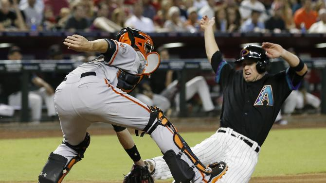 Chavez's hit gives D-backs 4-3 win over Giants