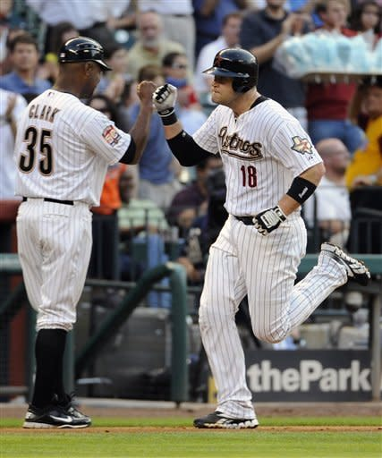 Houston wins second straight over Mets, 6-3