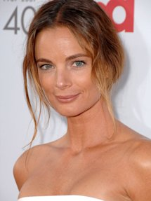 Photo of Gabrielle Anwar
