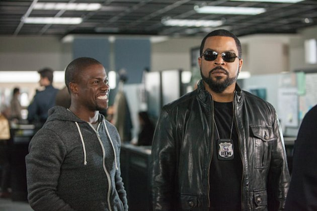 Kevin Hart and Ice Cube in 'Ride Along'