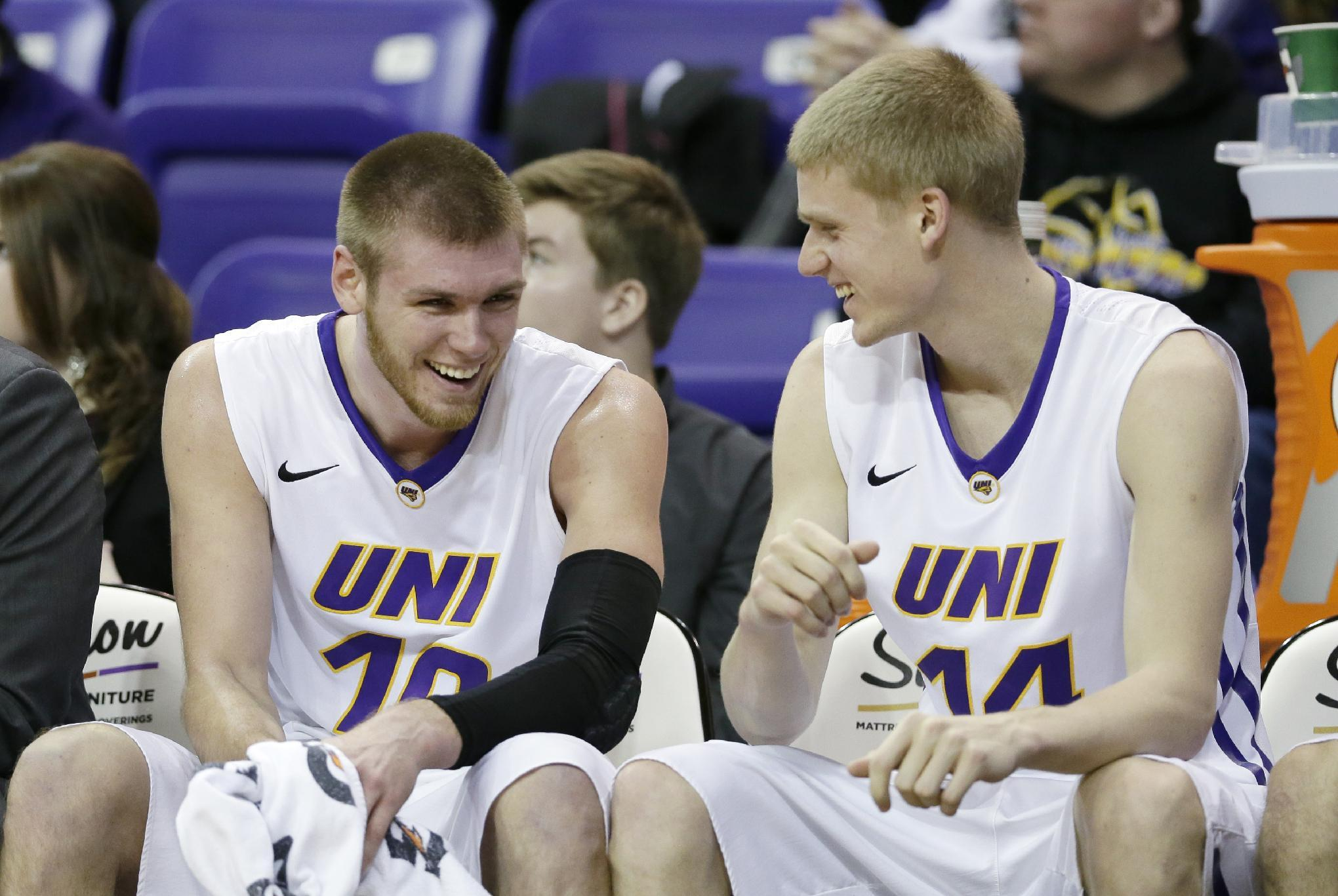 Buss, No. 20 Northern Iowa edge Illinois State 54-53