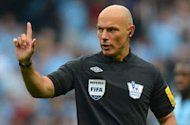 Howard Webb Pimpin Laga Juventus - AS Roma?