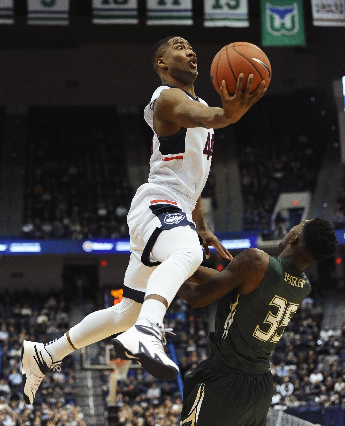 Boatright scores 28 as UConn beat USF 66-53